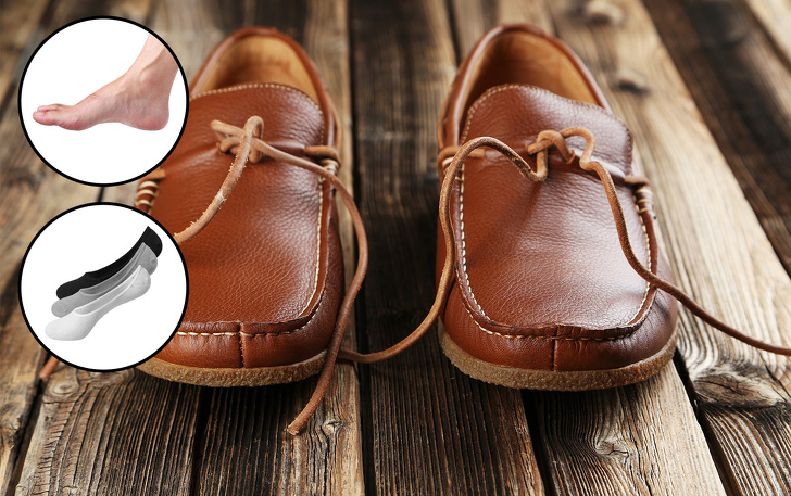 Їх придумали американські індіанці для безшумного пересування в довгих  походах. Цей вид взуття ідеально підходить для прогулянок в теплі дні 8c2f83b411e62